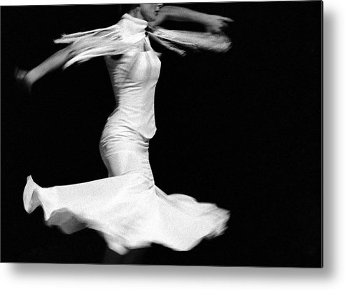 Ballet Dancer Metal Print featuring the photograph Flamenco Flying by T-immagini