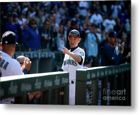 Three Quarter Length Metal Print featuring the photograph Ichiro Suzuki by Lindsey Wasson