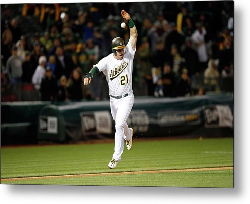 Ninth Inning Metal Print featuring the photograph Stephen Vogt by Ezra Shaw