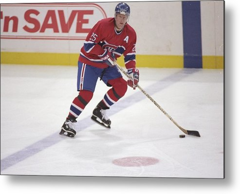 National Hockey League Metal Print featuring the photograph Vincent Damphousse by Glenn Cratty