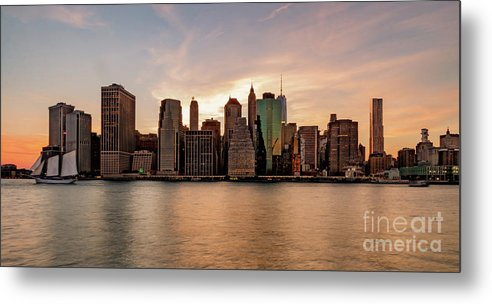 Usa Metal Print featuring the photograph Lower Manhatten by Paul Hennell
