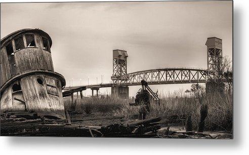 Wilmington Metal Print featuring the photograph Cape Fear Memorial Bridge by JC Findley
