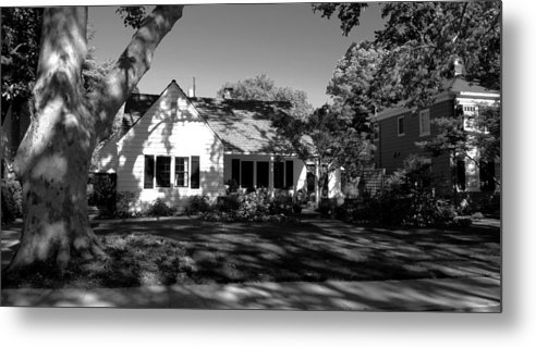 Sacramento Metal Print featuring the photograph The Cottage House by Peggy Leyva Conley