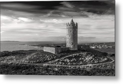 Doonagore Metal Print featuring the photograph Doonagore Castle Black And White by Pierre Leclerc Photography