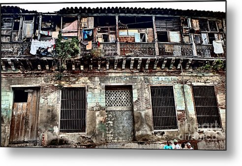 D140215-137 Metal Print featuring the photograph Living Space by Ty Lee