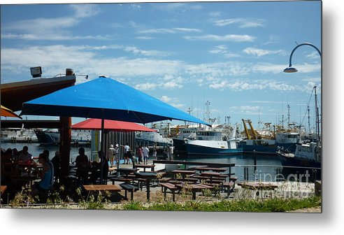 Commercial Metal Print featuring the photograph Fremantle by Therese Alcorn