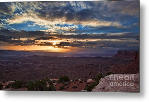 Utah Metal Print featuring the photograph The Long Wave Goodbye by Jim Garrison