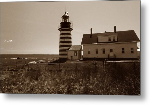 West Quoddy Light Metal Print featuring the photograph West Quoddy Lighthouse by Skip Willits