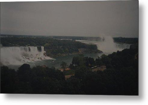 Niagara Falls Metal Print featuring the photograph Niagara Falls by Rob Hans