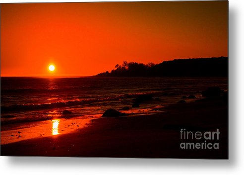 California Metal Print featuring the photograph California Beach Sunset by Charlene Gauld