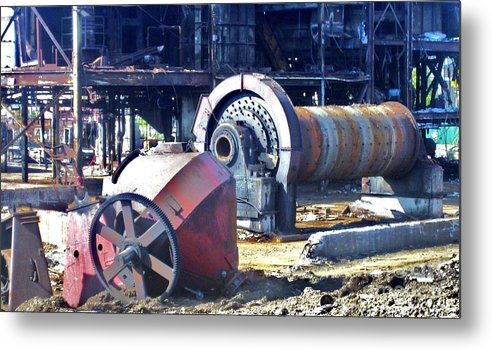 Photography Metal Print featuring the photograph Domfer Deconstruction 2 by Reb Frost