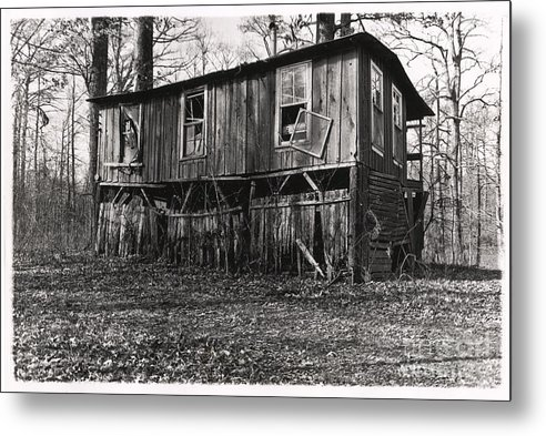 Stilt Home Metal Print featuring the photograph Flood House In Mississippi Delta by John Lee Montgomery III