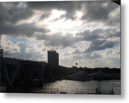Metal Print featuring the photograph Al Amanecer by Karla Kernz