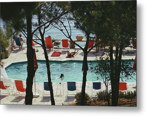 People Metal Print featuring the photograph Hotel Il Pellicano by Slim Aarons