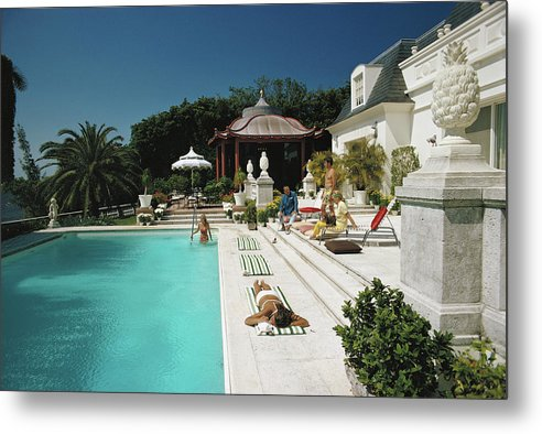 People Metal Print featuring the photograph Poolside Chez Holder by Slim Aarons