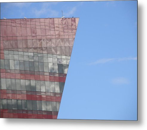 L.a. Design Center Metal Print featuring the photograph Pointy by Lloyd Silverman