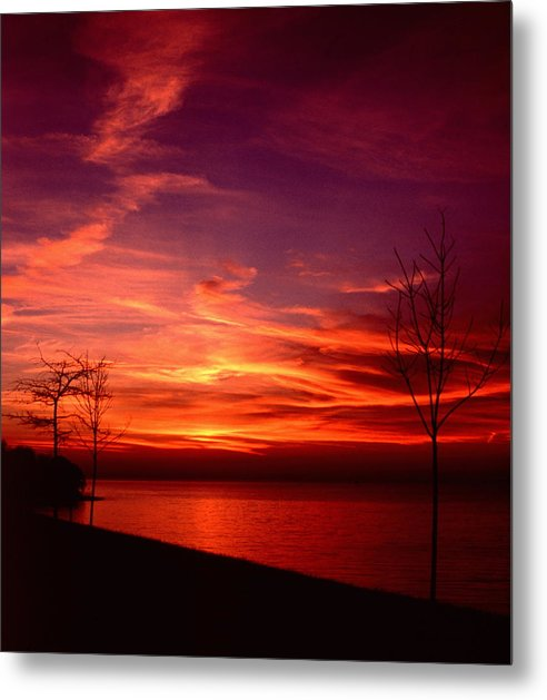 Sunsets Metal Print featuring the photograph 111701-25 by Mike Davis