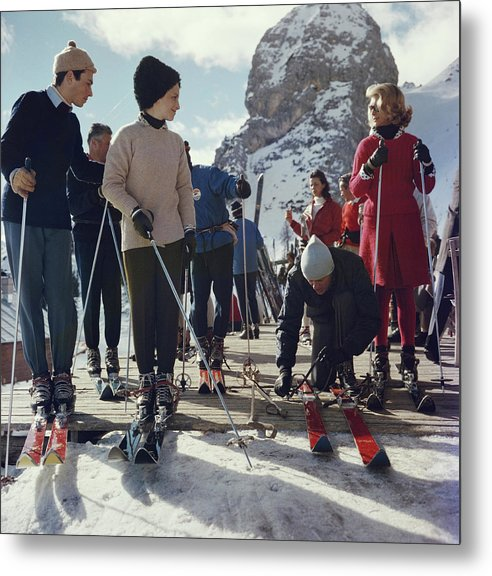 Skiing Metal Print featuring the photograph Cortina Dampezzo by Slim Aarons