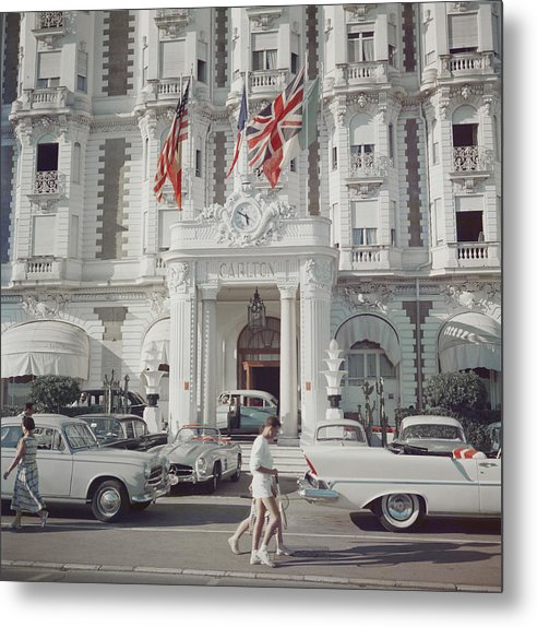 People Metal Print featuring the photograph Carlton Hotel by Slim Aarons