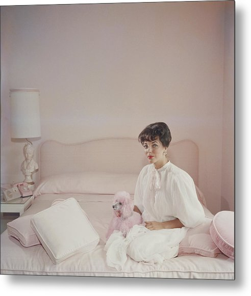 People Metal Print featuring the photograph Pink Accessory by Slim Aarons