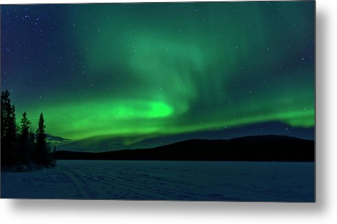 Snow Metal Print featuring the photograph The Green Light Of The Aurora by Dave Moorhouse