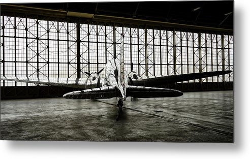 Dc-3 Metal Print featuring the photograph Dc-3 by Bill Gabbert