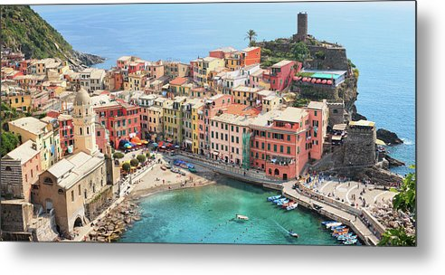 Water's Edge Metal Print featuring the photograph Vernazza by Borchee