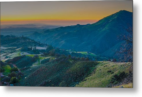 Sunset Metal Print featuring the photograph Sunset On Figueroa Mountain by Paul Johnson
