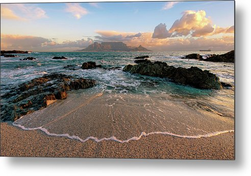 Tranquility Metal Print featuring the photograph Table Mountain Wave Fan by Paul Bruins Photography