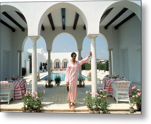 Arch Metal Print featuring the photograph Villa In Sotogrande by Slim Aarons
