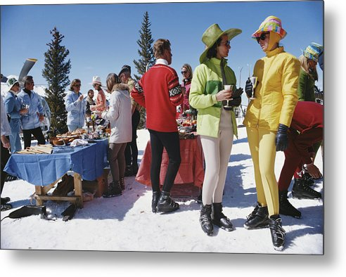 People Metal Print featuring the photograph Snowmass Gathering by Slim Aarons