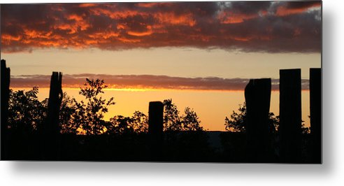 Thornhill Metal Print featuring the photograph Sunrise At Thornhill by Monroe Payne