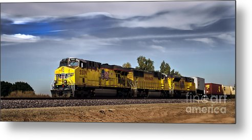 Train Metal Print featuring the photograph Freight Train 5509 by Robert Bales