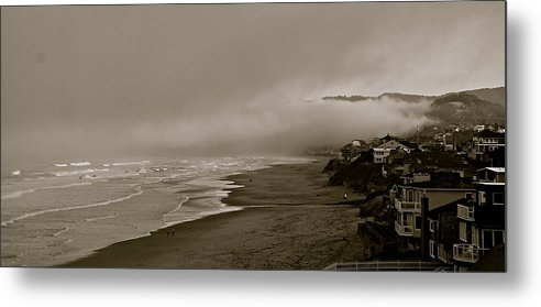 Oregon Metal Print featuring the photograph Lifting Fog by Eric Tressler