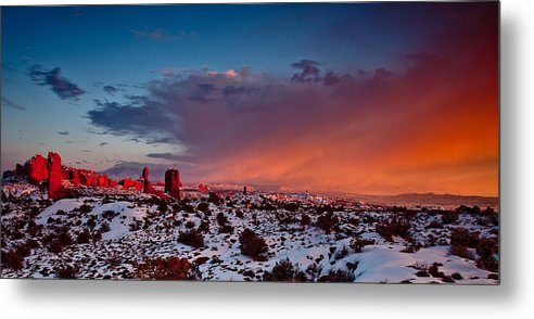 Arch Metal Print featuring the photograph Balanced Rock At Sunset by Craig Brown