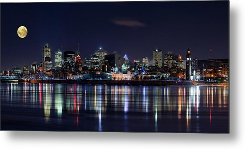 Night Metal Print featuring the photograph Montreal Night by
