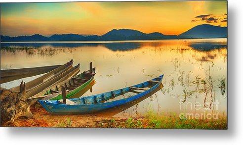 Beautiful Metal Print featuring the photograph Lak Lake by MotHaiBaPhoto Prints