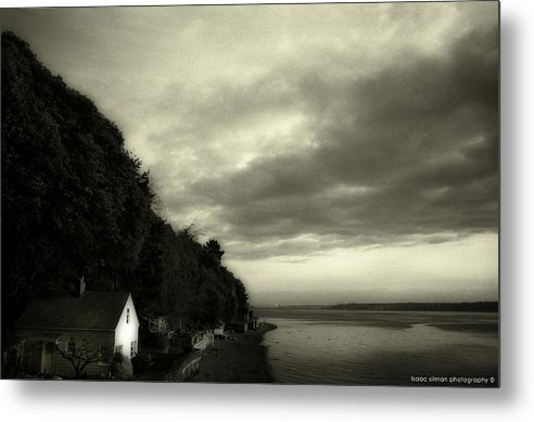 Hous Metal Print featuring the photograph Hous On The River by Isaac Silman
