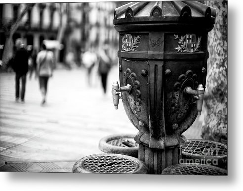 La Rambla Drinking Fountain Metal Print featuring the photograph Barcelona Drinking Fountain by John Rizzuto