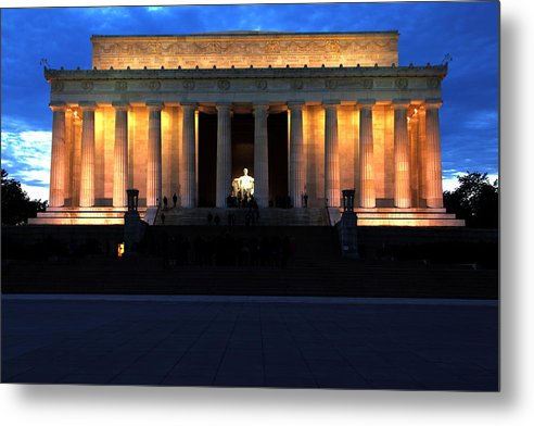 Washington Metal Print featuring the photograph Lincoln Memorial by Rick Mann