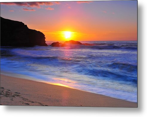 Sunset Metal Print featuring the photograph Sunday Evening by Daren Le