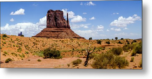 Landscape Metal Print featuring the photograph Monument Valley - Elephant Butte by Jon Berghoff