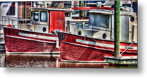 Boats Metal Print featuring the photograph Siblings by Joetta West