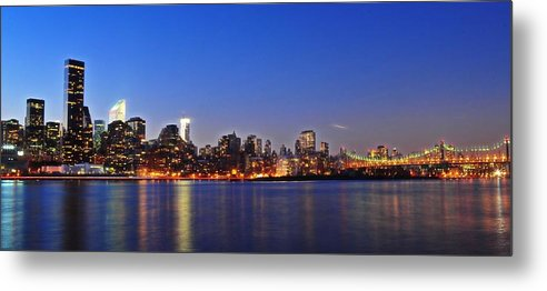 Manhattan Metal Print featuring the photograph The Queens View by Tony Ambrosio