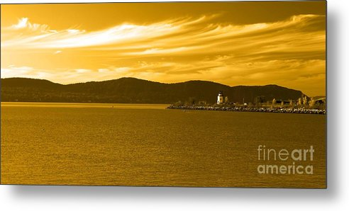 Lighthouse Metal Print featuring the photograph Hudson River Lighthouse by Dan Hilsenrath