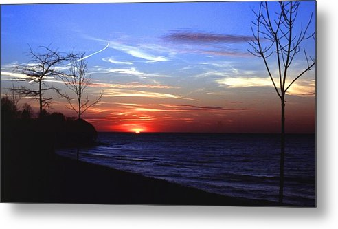 Sunset Metal Print featuring the photograph 112601-54 by Mike Davis
