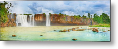 Waterfall Metal Print featuring the photograph Dry Nur Waterfall by MotHaiBaPhoto Prints
