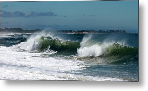 Westerly Metal Print featuring the photograph Weekapaug Surf by Amy Martira