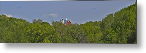 Barn Metal Print featuring the photograph Little Red Barn In The Vale by David Berg