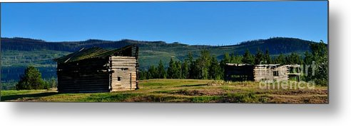 Phil Dionne Photography Metal Print featuring the photograph Old And Worn by Phil Dionne